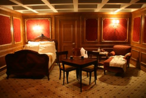 Titanic Artifact Exhibition First Class Cabin
