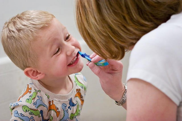 Help Your Kids Keep Their Teeth Clean With These Incredible Tips