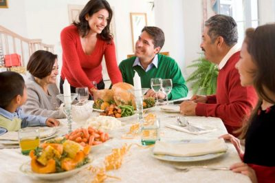 Family Gatherings How Family Dinner will Bring you Closer Together