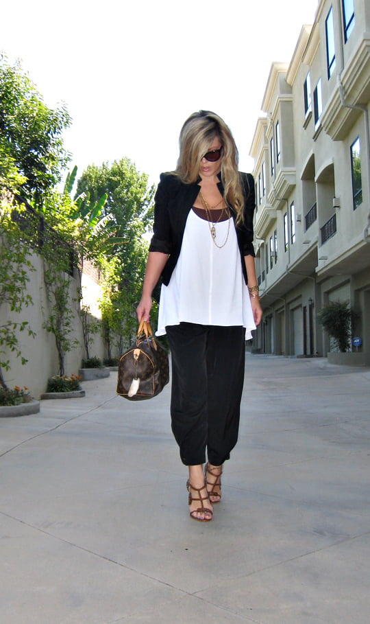 Image4_black and white outfit