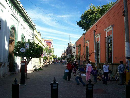 512px Tlaquepaque. Downtown street
