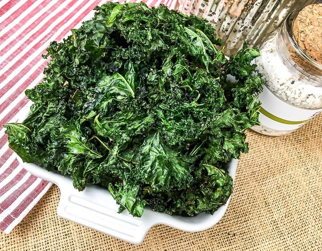 Crispy Seasoned Kale Chips Recipe