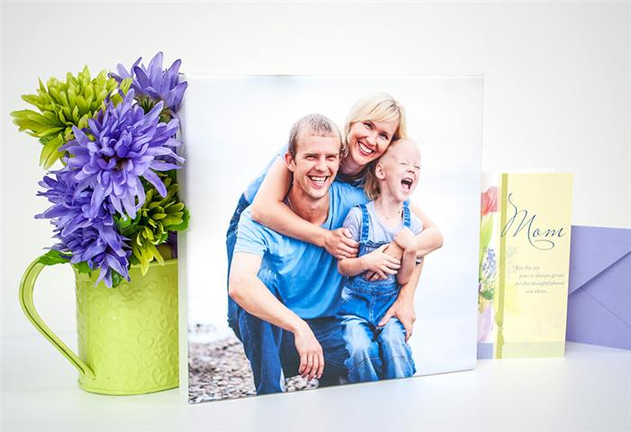 5 Perfect Last Minute Gifts for Mom from @PosterjackDotCA