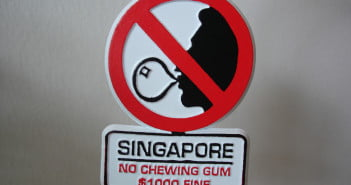 Singapore-Chewing-gum-Banned