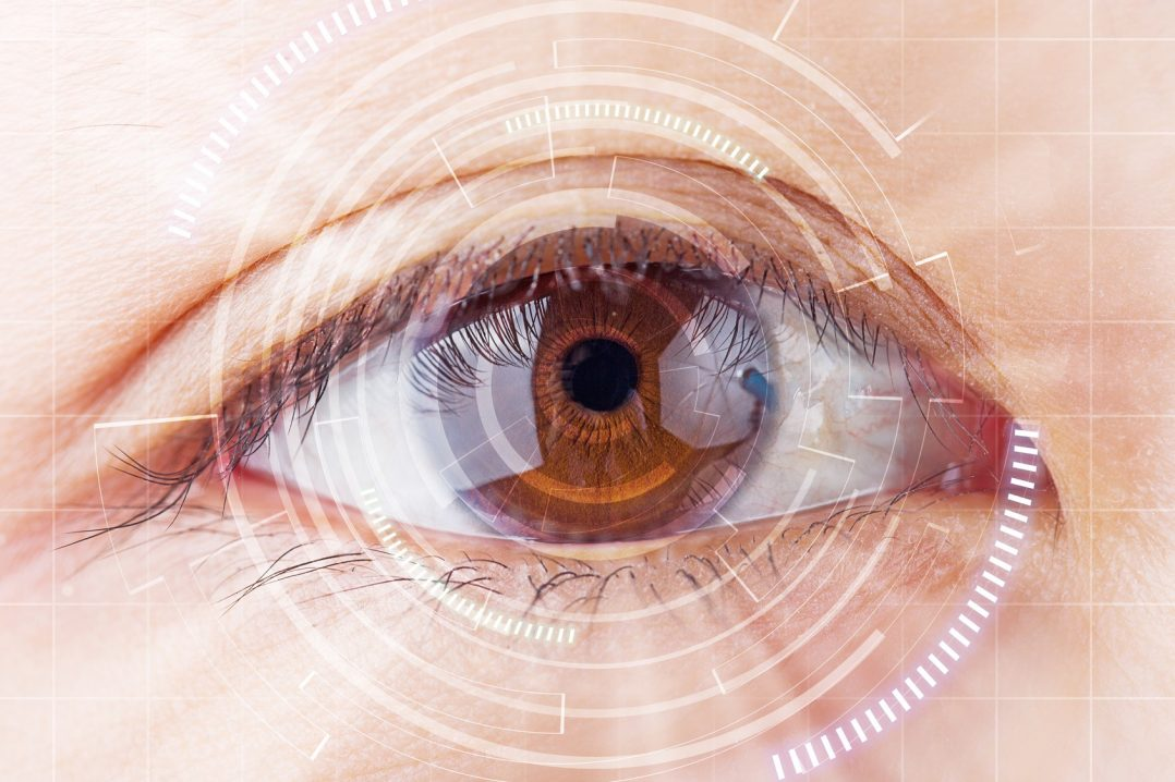 Smart Contacts – The Future of Medicine in Your Eyes