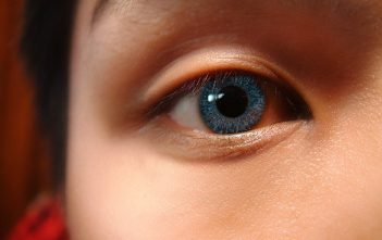 Glasses Or Contact Lenses: Which Should I Choose?
