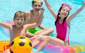 5 Reasons your Family Needs to get a Swimming Pool this Summer