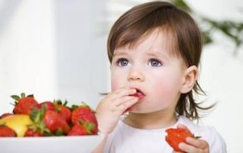 Five Super Foods to Help Keep Your Kids' Immune Systems Strong
