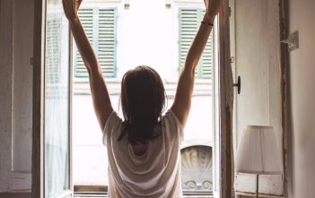Wake Up with a Smile: Fast and Simple Steps to Avoid Those Morning Aches and Pains
