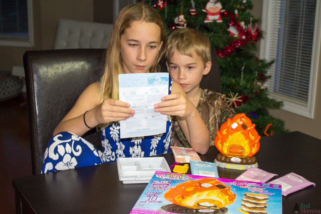 S'more Maker Playset Review