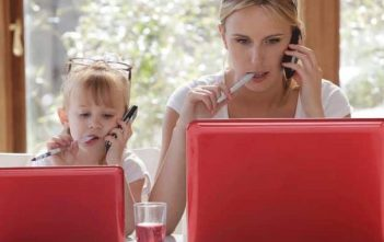 Single Moms: 5 Ways to Take Care of Your Finances and Make Ends Meet