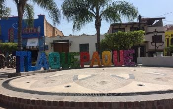 Tlaquepaque Welcome Sign