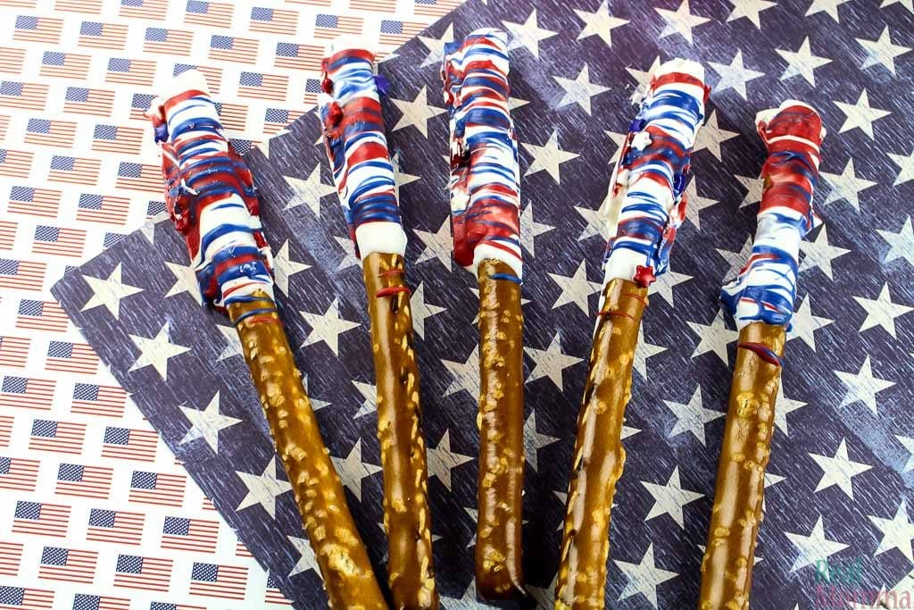 Patriotic Pretzel Rod Recipe