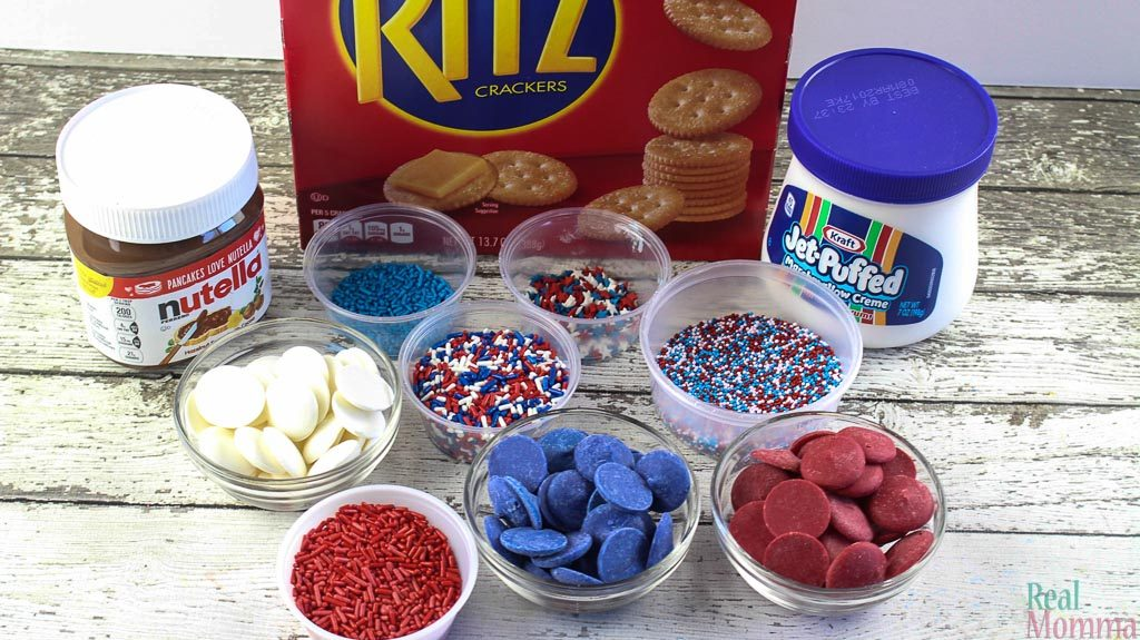 Patriotic Smores Ingredients