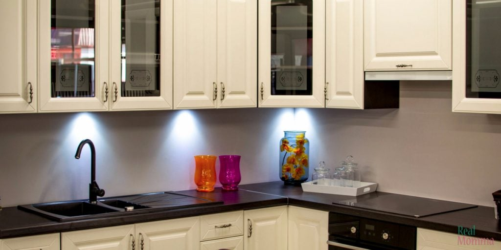 Tricks to Get Rid of Stubborn Kitchen Odors