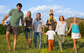 The Fall Family Reunion: 7 Things for a Successful Family Party