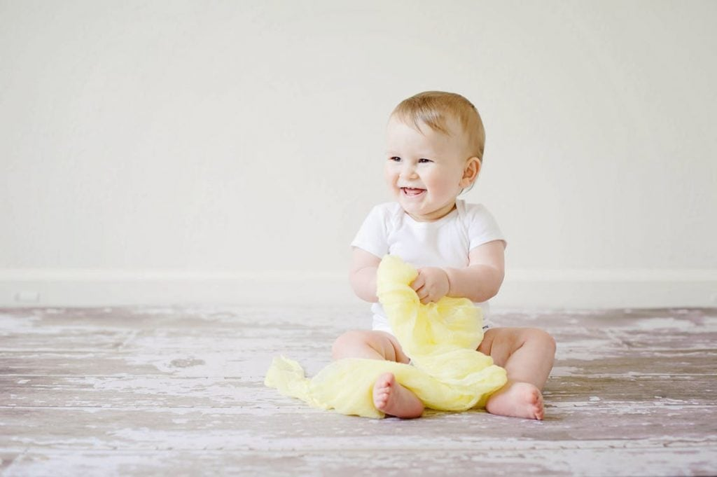 Giggling in the Bathtub: 4 Tips for Bathing Your Babies | Real Momma