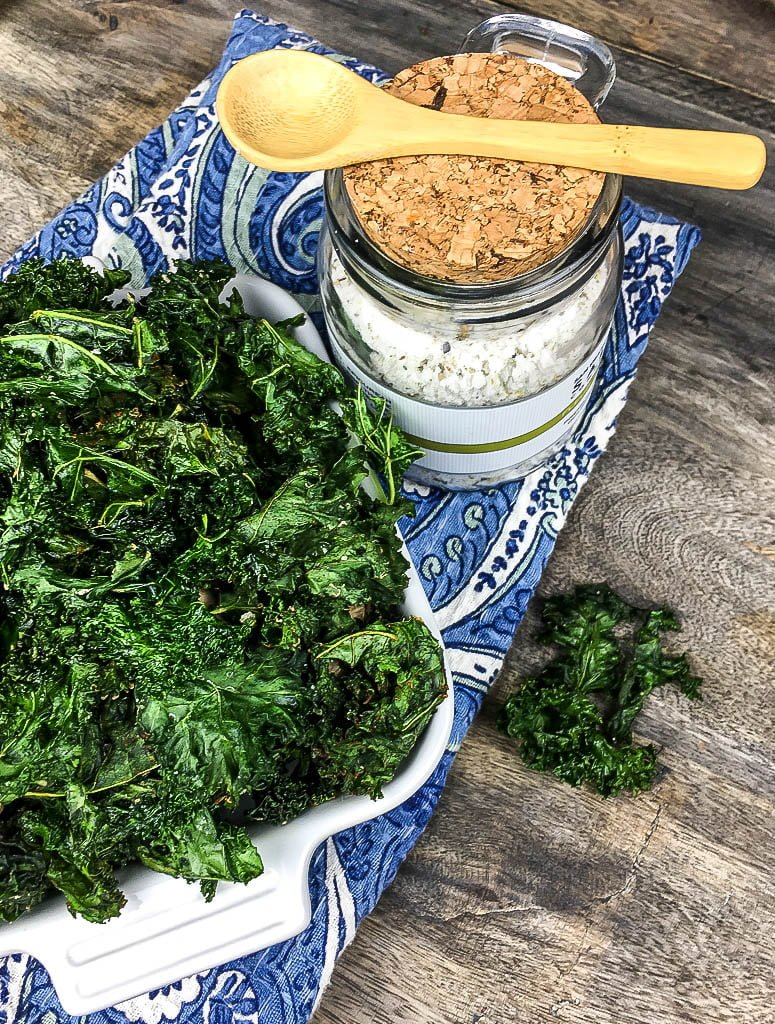 Quick and Easy Crispy Seasoned Kale Chips Recipe