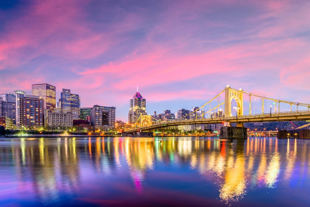 5 Ways for Parents to Enjoy Date Nights in Pittsburgh