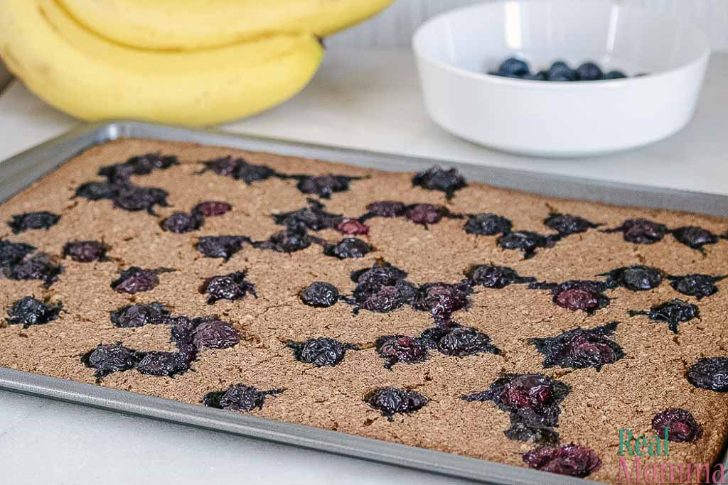 sheet pan blueberry pancakes recipe