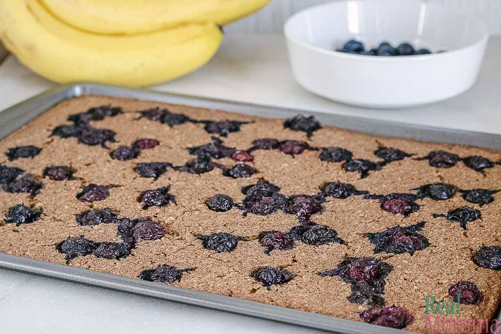 sheet pan blueberry pancakes recipe