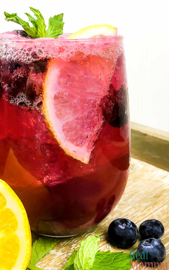 sparkling blueberry maple lemonade